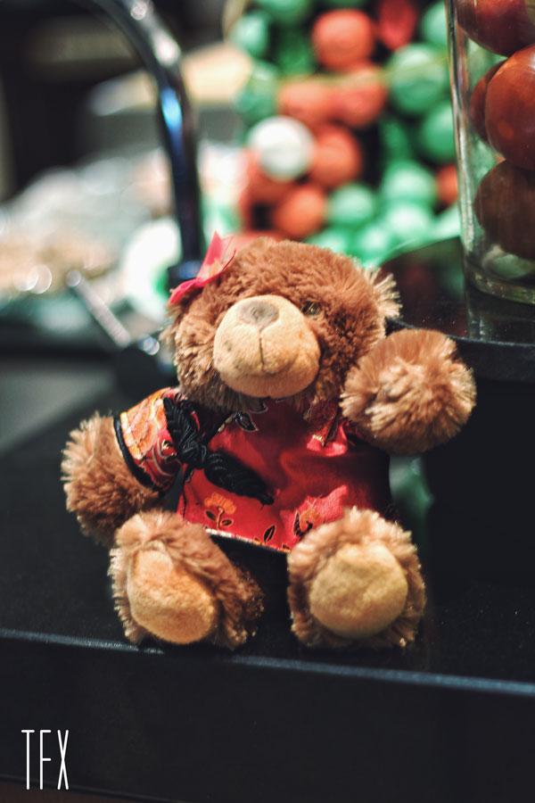 Teddy-Bear-Hilton-hotel-bandung