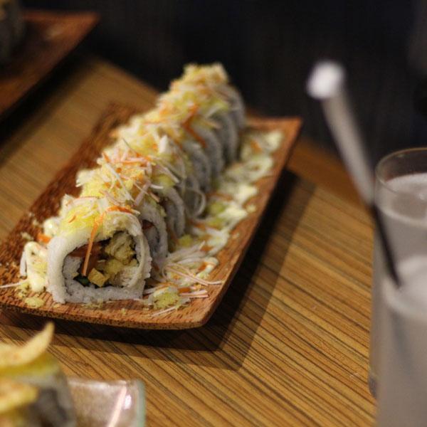 sushi-Fukuzushi-roll-bandung-juara