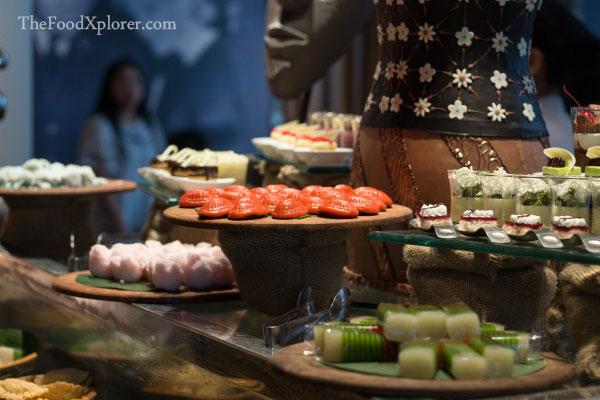 Aneka Kue Tradisional Indonesia