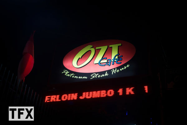ozt-cafe-bandung--