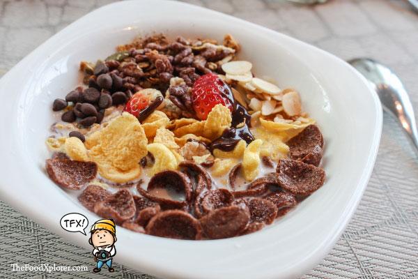 Breakfast-Collage-Restaurant---Pullman-Jakarta