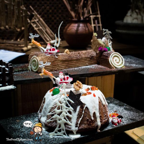 Merry-Christmas-2015---Happy-New-Year-2016---Hilton-Hotel-Bandung