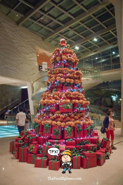 Pohon-Natal---Hilton-Hotel-Bandung-2015