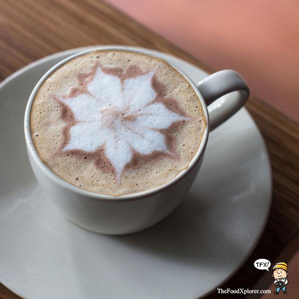 Cafe-di-Bandung---Mocahloco