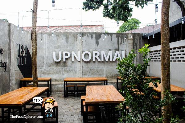 Warunk-Upnormal-Riau-Bandung-Indonesia