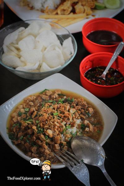 Nasi-Bakmoy-Enak-di-Bandung