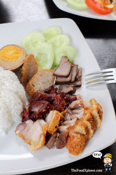 Nasi-Campur-Enak-di-Bandung---The-Sun-Cafe