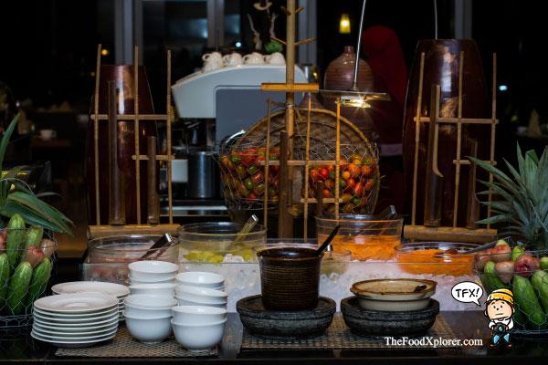 Buka-puasa-kuliner-indonesia---Hilton-Hotel-Bandung
