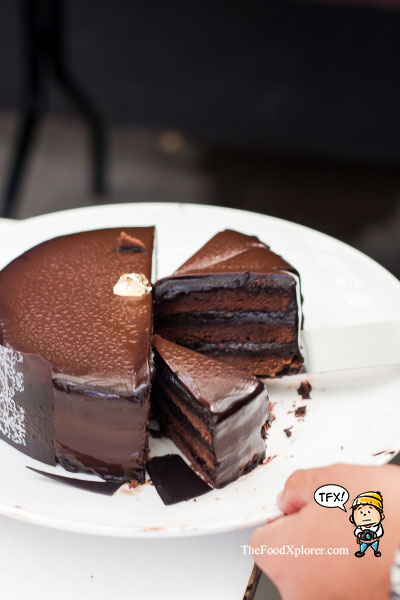 Cakes---GH-Universal-Hotel-Bandung