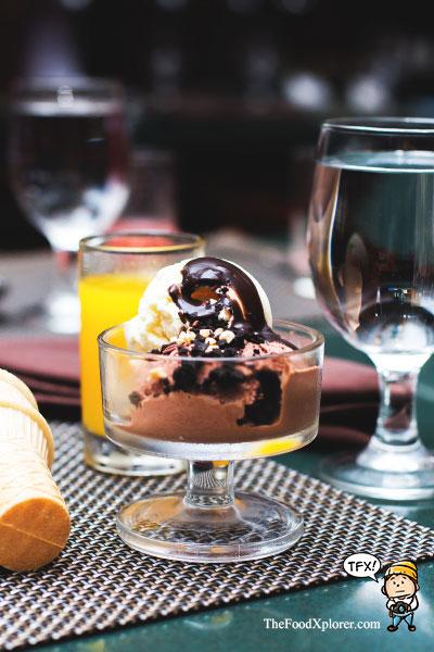 Es-Krim-enak-di-Hotel-Prama-Grand-Preanger-Bandung---Food-Review