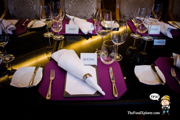 Fine-Dining---Lobo-Restaurant---Ritz-Carlton-Jakarta