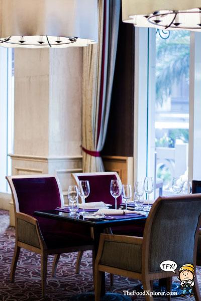 Lobo-Restaurant