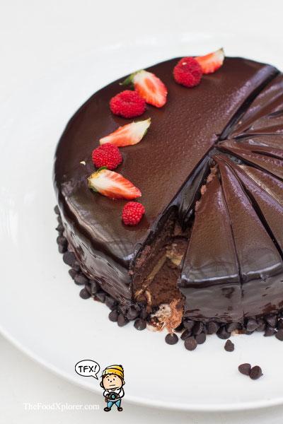 Royaux-Ramadhan-di-GH-Universal-Hotel-Bandung---Food-Review