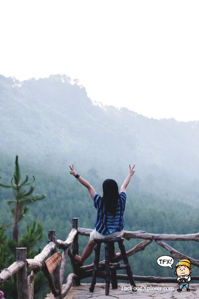Selfie-di-The-Lodge-Maribaya---Bandung