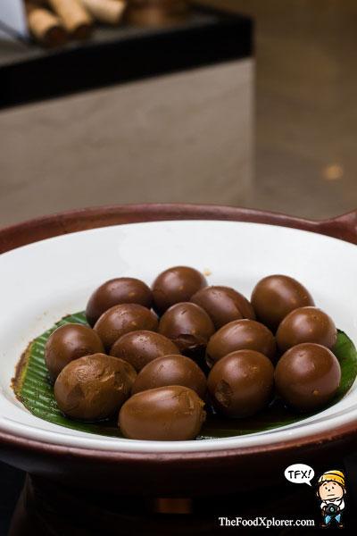 Signature-Ramadhan-Buffet-Hilton-Bandung-Hotel