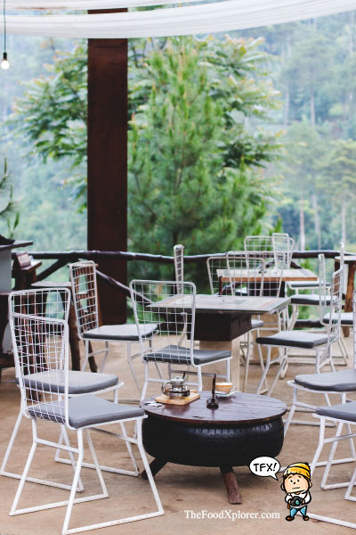 The-Pines-Cafe---The-Lodge-Maribaya---Review