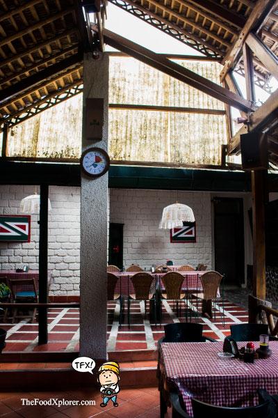 Cafe-Jadul-di-Bandung