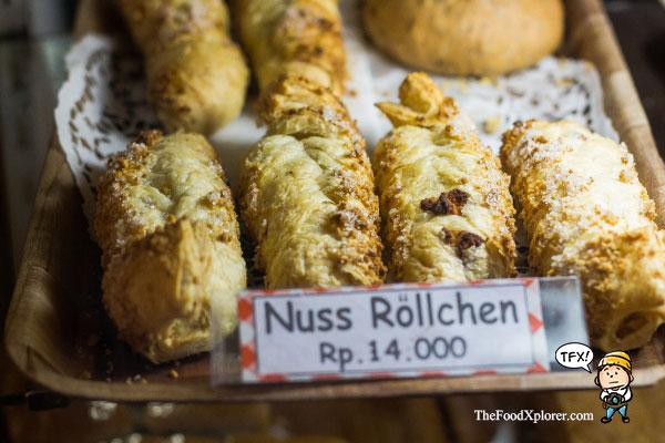 Nuss-Rollchen---Pastry-Tizis