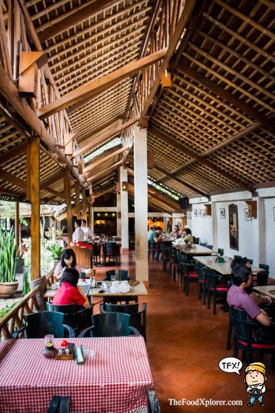 Tizis-Cafe-Jadul-Bandung