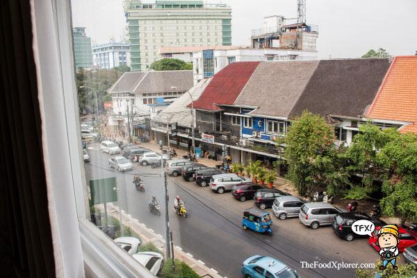 Jalan-jalan-di-Cikini-Jakarta---Traveloka