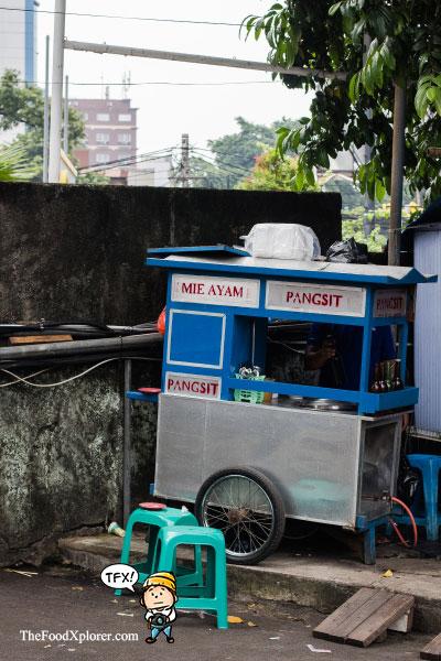 Mie-Ayam-Jakarta---Travel-Blogger-Indonesia