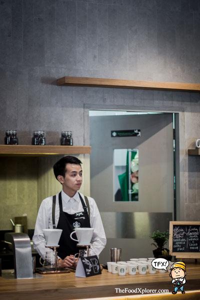 starbucks-coffeemaster-barista-ryan-wibawa